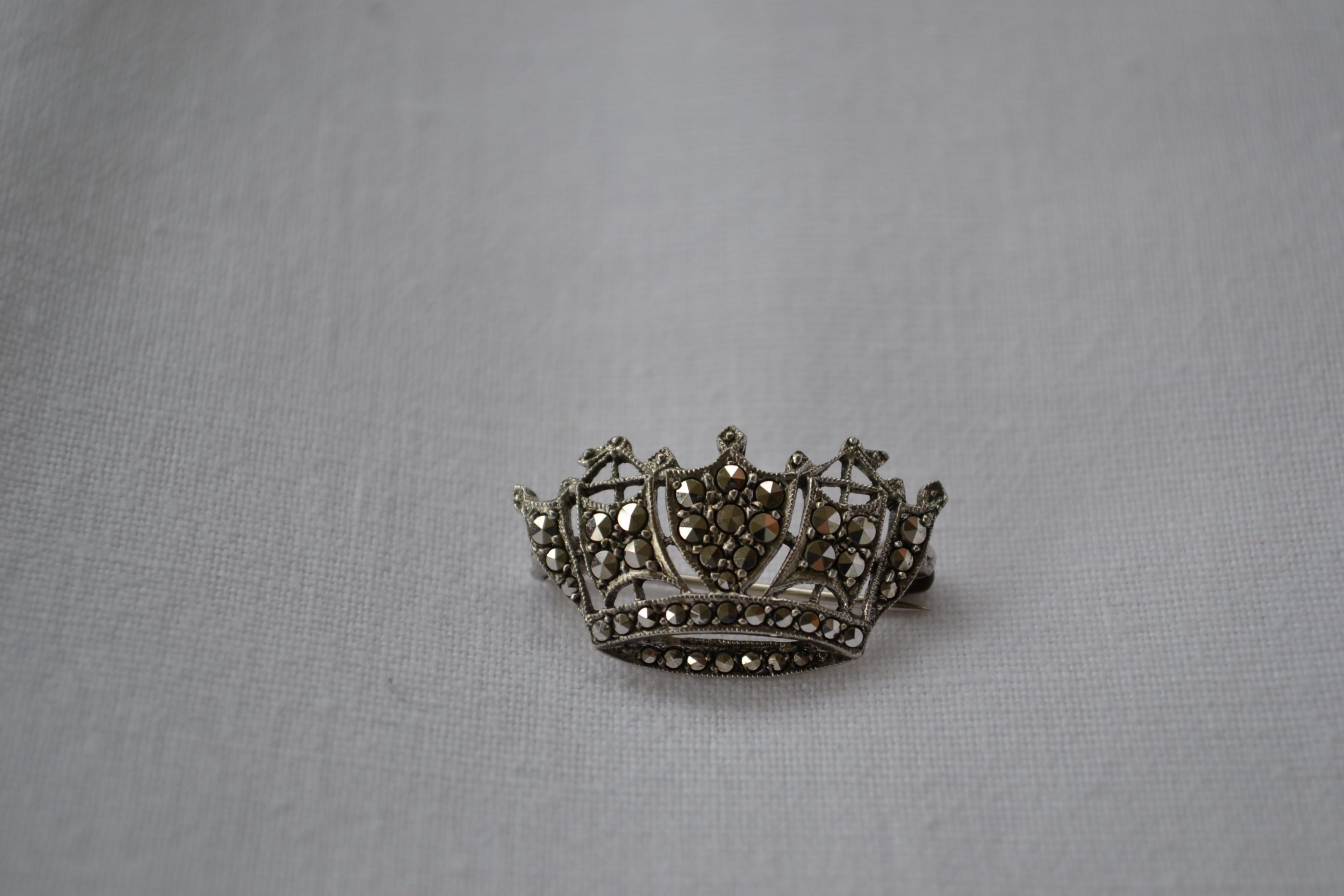Real Silver Crown